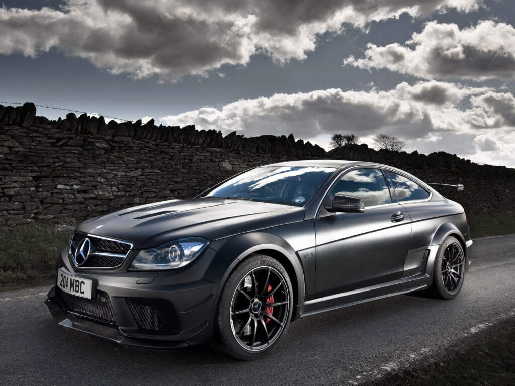 Mercedes-C63-AMG-Black-2012